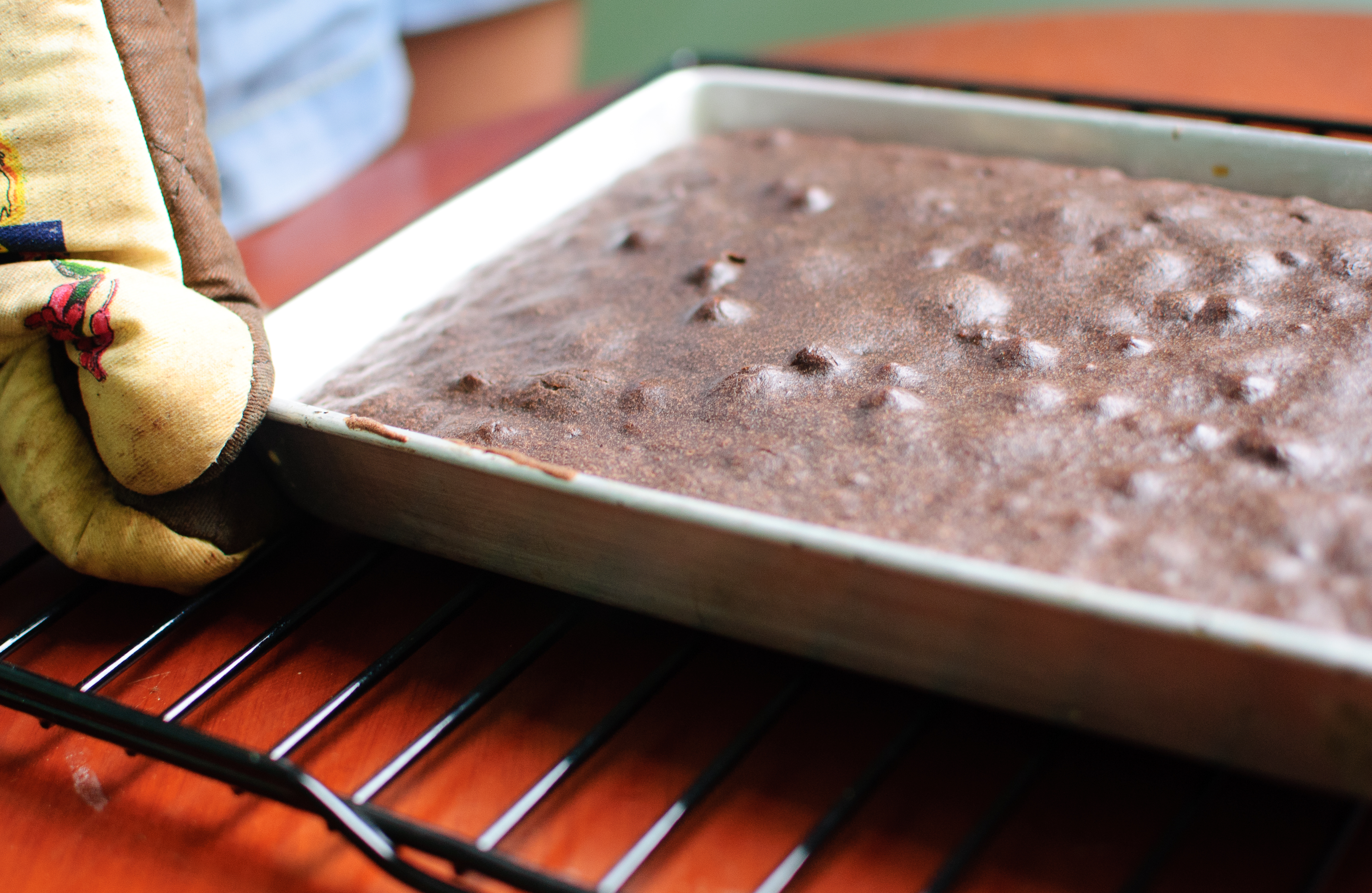 How To Make A Spongy Chocolate Cake 7 Steps With Pictures