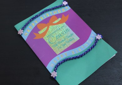 How To Make A Recycled Greeting Cards House