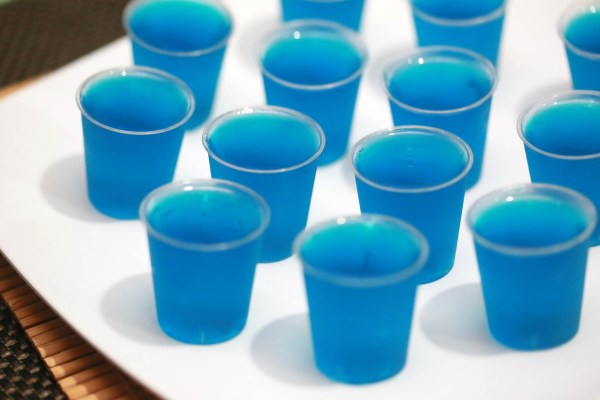 Make Blue Hawaiian Jello Shots 7 Steps