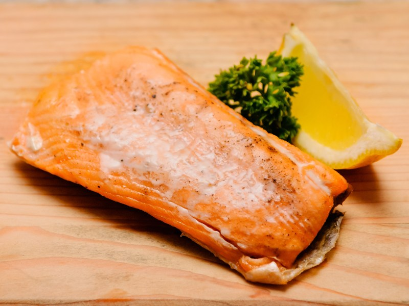 How long do you bake a large salmon fillet howsto co for How long do you cook fish in the oven