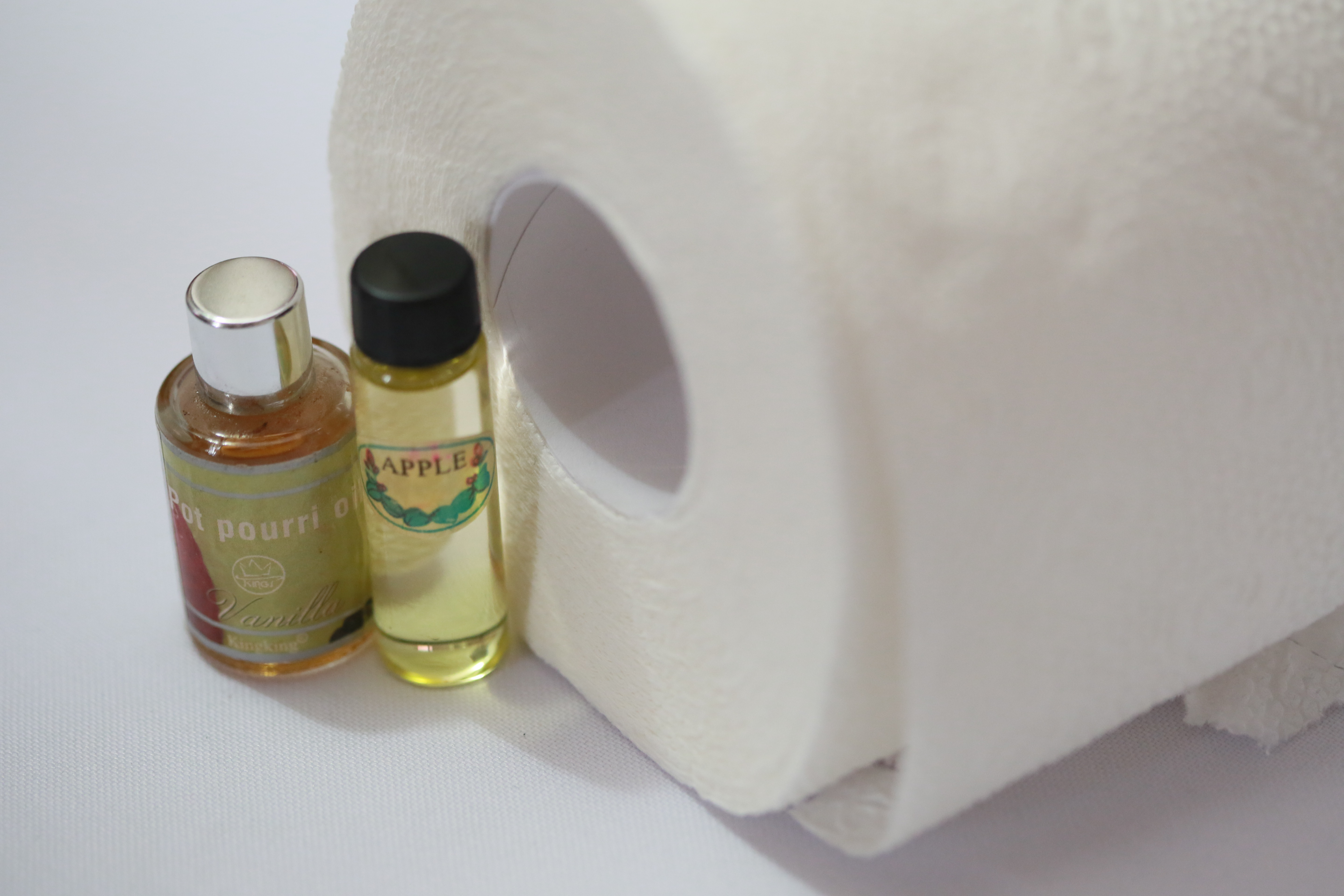 How to Create Air Freshener Inside a Toilet Paper Roll 7 Steps