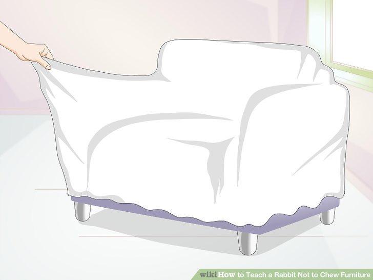 Decken Sie die Möbel ab.