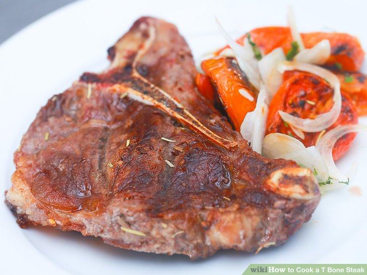 Lassen Sie Ihr Steak vor dem Servieren einige Minuten ruhen.