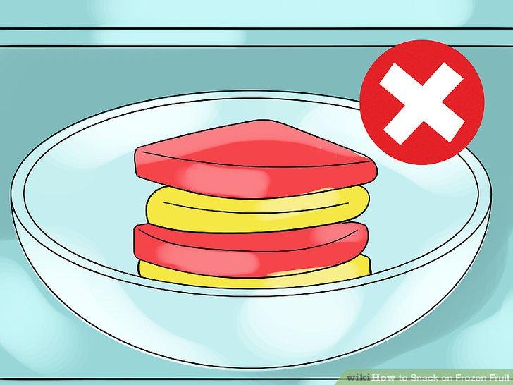 Lassen Sie gefrorene Fruchtstücke nicht miteinander verschmelzen.
