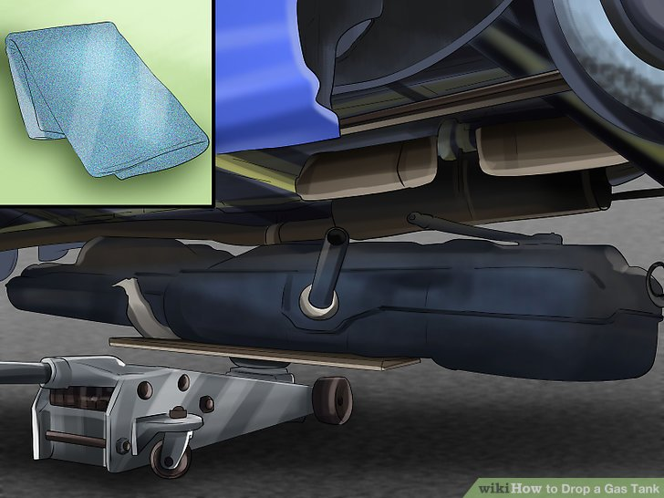 Wischen Sie die Füll- und Entlüftungsrohre mit einem weichen Tuch ab und trennen Sie die Rohre vom Tank.