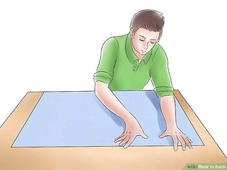 Verteilen Sie den Kunststoff auf Ihrer Arbeitsfläche.