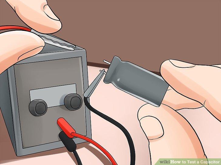 Trennen Sie die Kabel von der Stromversorgung.