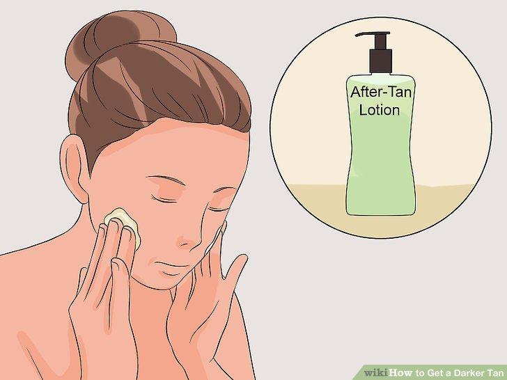 Verwenden Sie eine After-Tan-Lotion, um die Haut mit Feuchtigkeit zu versorgen.