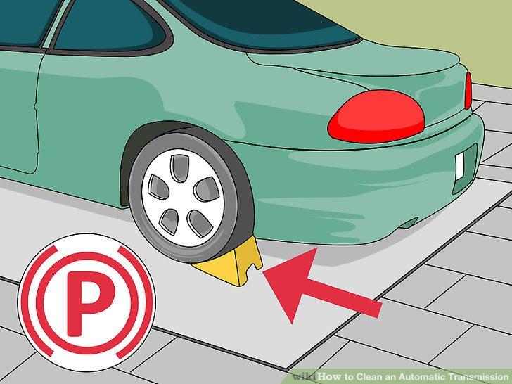 Verwenden Sie die Bedienungsanleitung Ihres Besitzers, um einen guten Hebepunkt zu finden, und heben Sie das Fahrzeug so hoch an, dass Sie den Wagenheber räumen können.