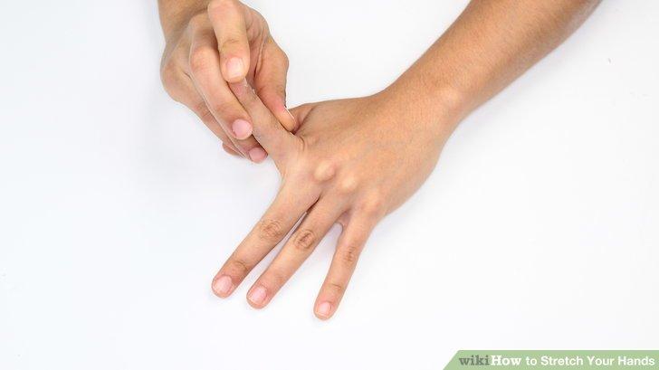 Einzelne Finger nach hinten beugen.