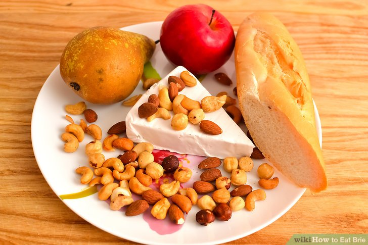 Essen Sie es alleine mit Obst, Nüssen oder Brot.