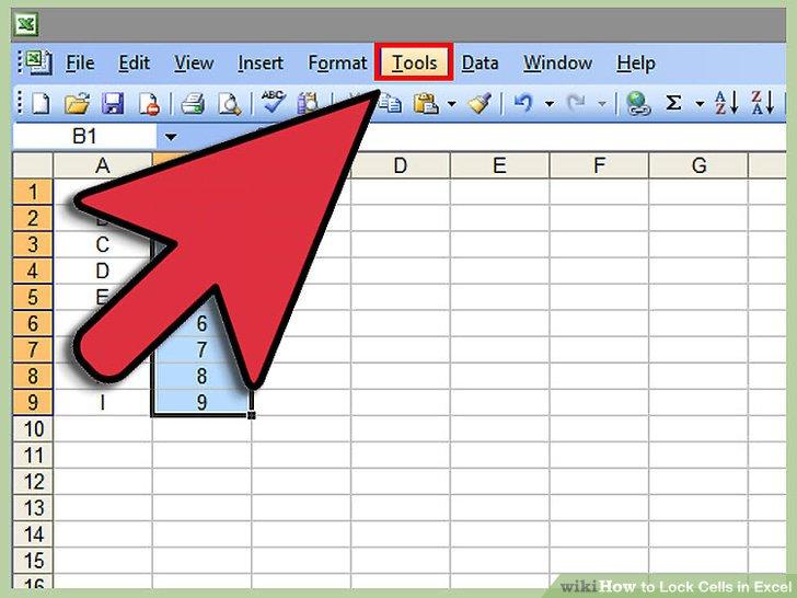 """Klicken Sie oben in Ihrem Excel-Dokument auf das Menü """"Extras""""."""