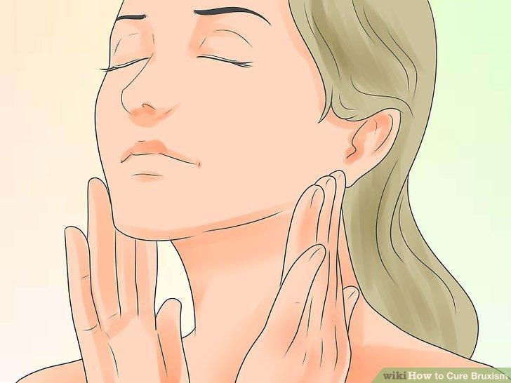 Massieren Sie Ihre Kiefermuskulatur.