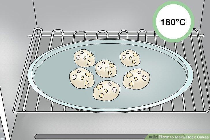 350 ° F (180 ° C) sıcaklıkta 20 ila 25 dakika pişirin.