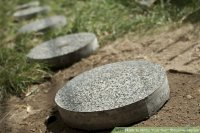 How to Make Your Own Stepping Stones: 7 Steps (with Pictures)