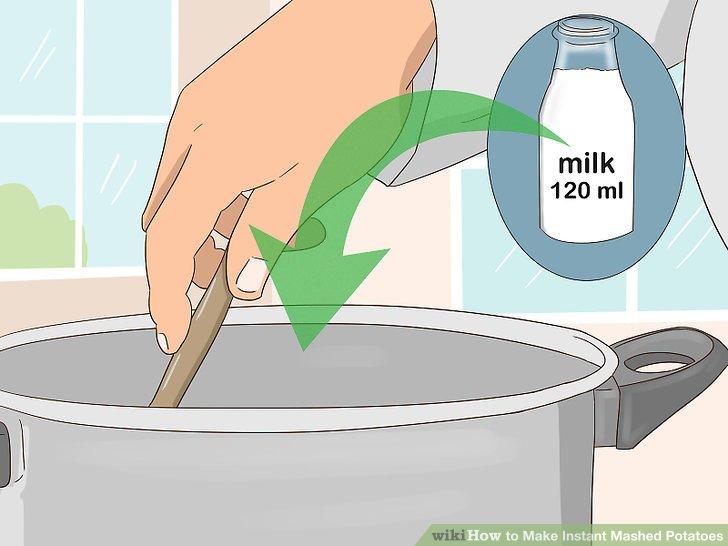 Stellen Sie die Hitze ab und rühren Sie die Milch ein.