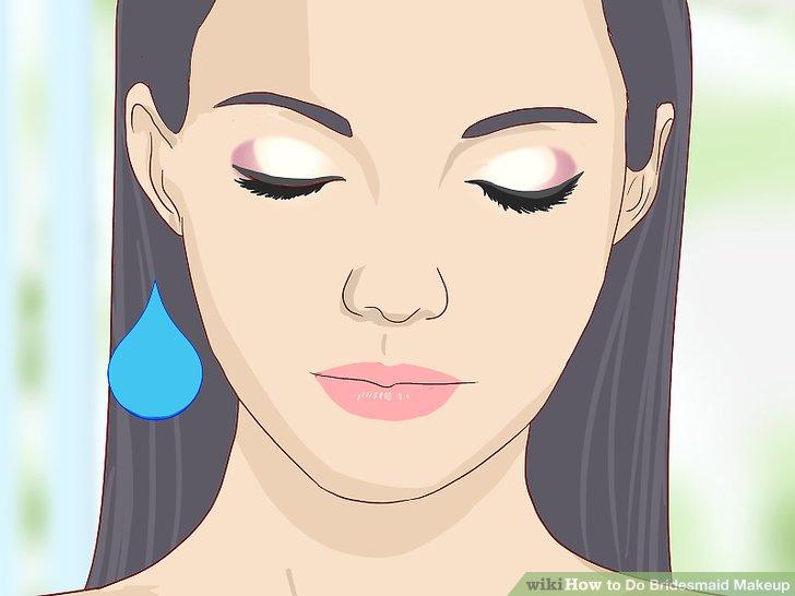 Verwenden Sie wasserfestes Make-up.