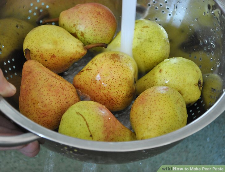 Wash the pears.