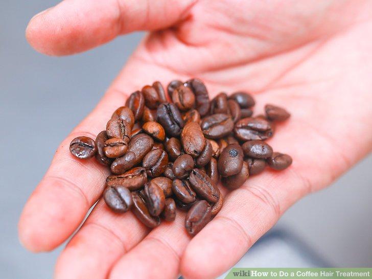 Brühen Sie einen Topf Kaffee mit ca. 8 Esslöffeln (oder 30-35 g) Kaffeesatz.