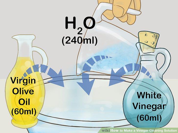 Verwenden Sie Olivenöl, Essig und Wasser zum Reinigen und Polieren der Holzverkleidung.
