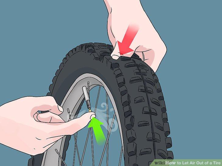 Drücken Sie den Reifen herunter, um die Luft schneller zu entfernen.