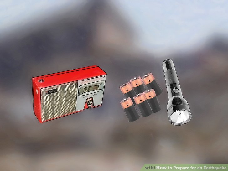 Kaufen Sie eine solare oder manuelle Taschenlampe und ein Radio oder eine normale Taschenlampe mit zusätzlichen Batterien.