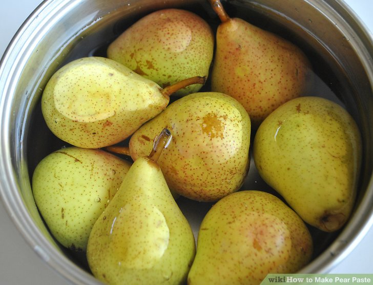 Add the pears to the saucepan.