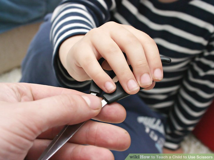 How to Teach a Child to Use Scissors 6 Steps with Pictures