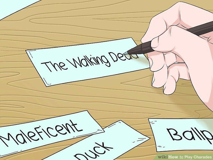Schreiben Sie Sätze oder Wörter auf Zettel.