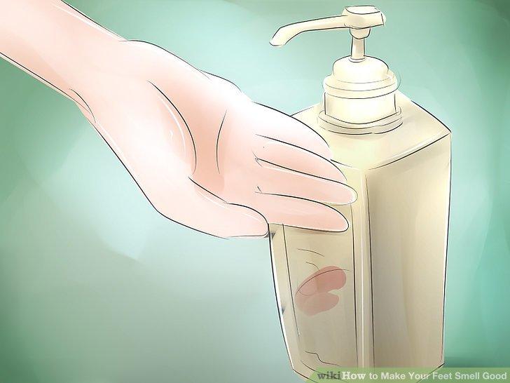 Verwenden Sie Hibiscrub-Seife für Ihre Füße.