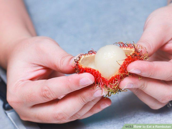 Öffne den Rambutan.