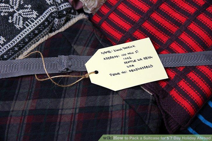 Legen Sie ein Etikett in den Koffer und geben Sie eine Adresse an, an die Sie es zurückschicken möchten.