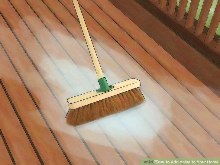 Reinigen Sie das Äußere Ihres Hauses gründlich.