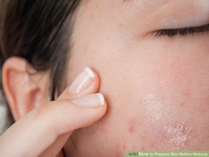 Apply the serum to your dry facial skin just after exfoliating.