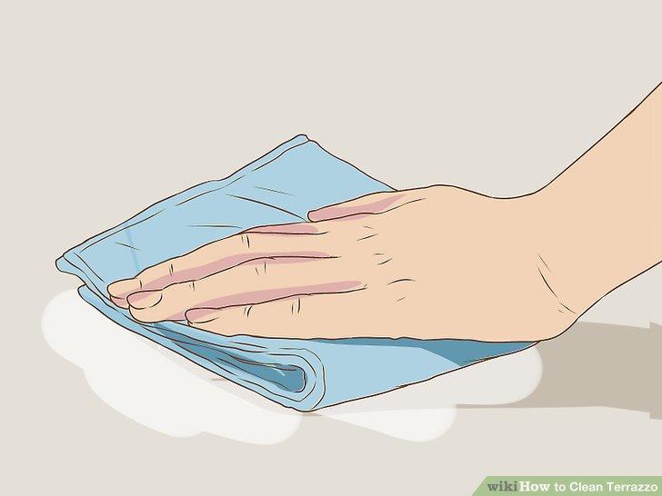 Beginnen Sie in einer Ecke und ziehen Sie den Reiniger in geraden Linien vor und zurück.