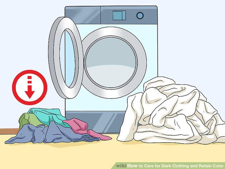 Waschen Sie dunkle Kleidung weniger.