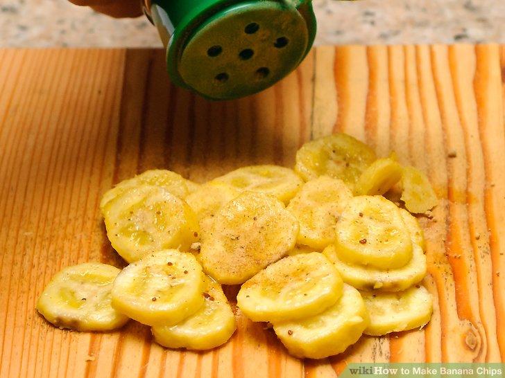 Mit Olivenöl und Kurkuma bestreichen.