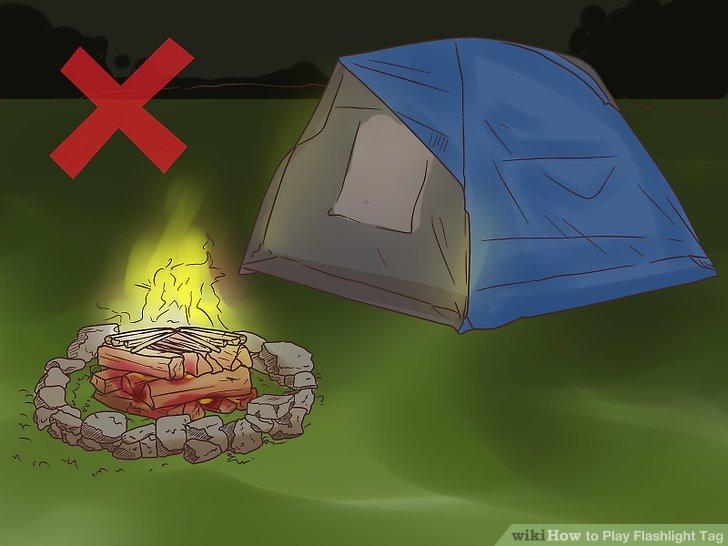 Halten Sie das Spielfeld vom Lagerfeuer und den Zelten fern.