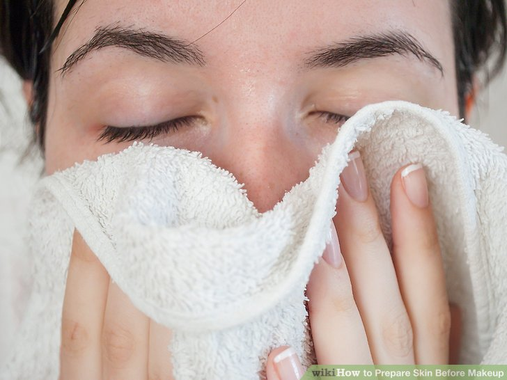 Rinse your face and neck completely with warm water, and pat dry with a clean towel.