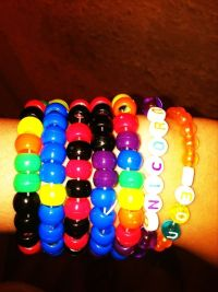 How to Make a Pony Bead Bracelet: 7 Steps (with Pictures)