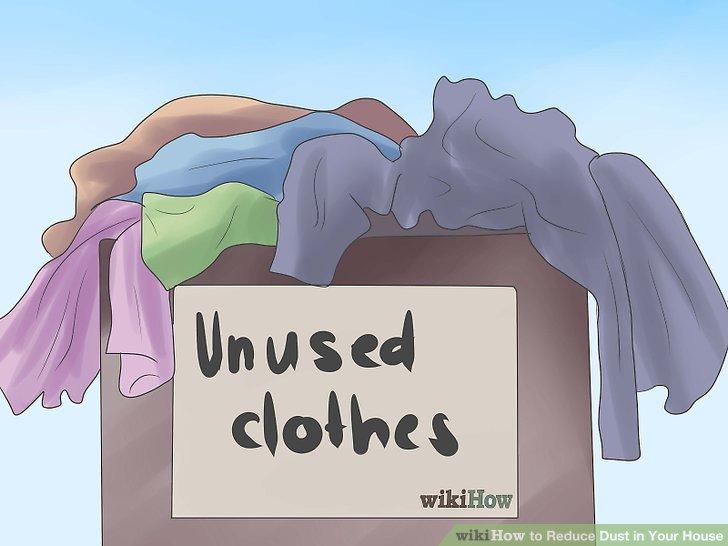 Bewahren Sie unbenutzte Kleidung in Schachteln oder Taschen auf.