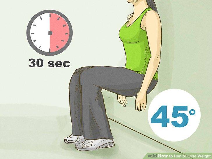 Fügen Sie Kettlebell-Schwünge hinzu, um Ihren Kern, Ihre Beine und Ihren Rücken zu stärken.