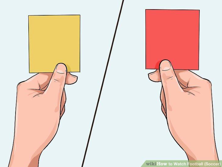 Verstehen Sie, dass die gelbe und die rote Karte für schwere Fouls / Verstöße gegeben werden.