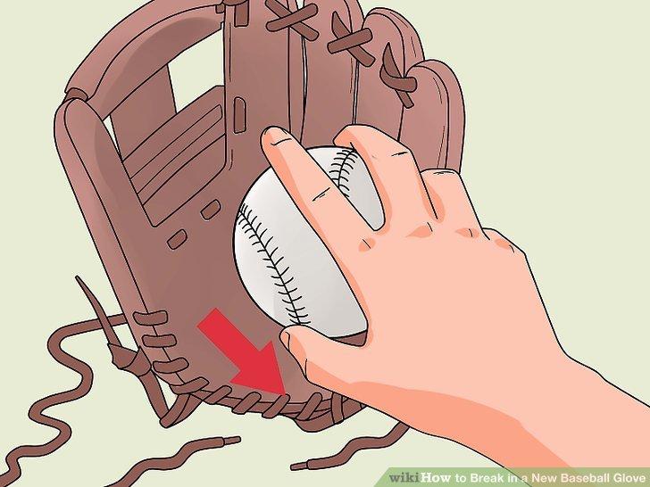 Nehmen Sie den Handschuh aus der Sonne, entfernen Sie die Bänder und nehmen Sie den Ball heraus.