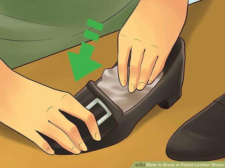 Break in Patent Leather Shoes Step 3.jpg