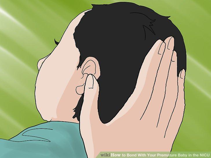 Den Kopf sanft in die Hand nehmen, während Sie in beruhigendem Ton sprechen.