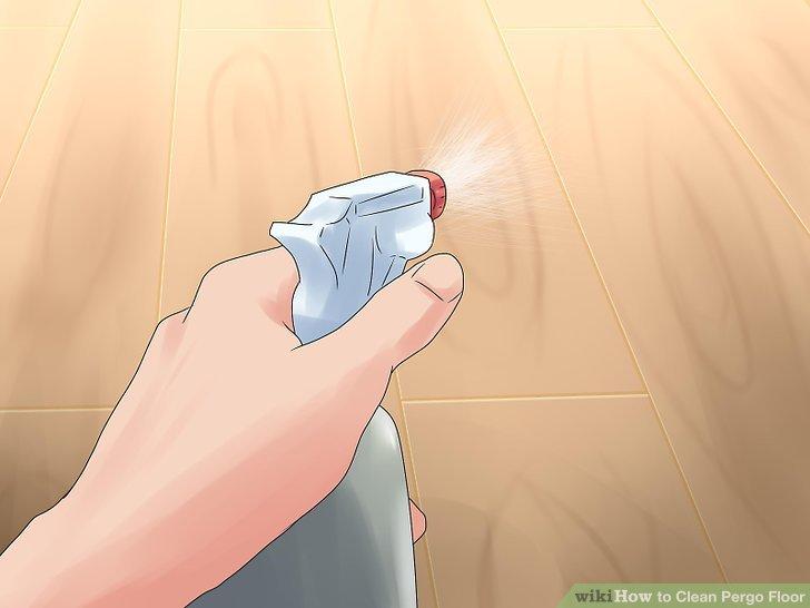 Verschüttete Flüssigkeit mit lauwarmem Wasser reinigen.