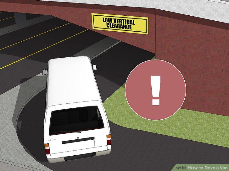 Seien Sie vorsichtig, bevor Sie unter Brücken und anderen niedrigen Leisten gehen.