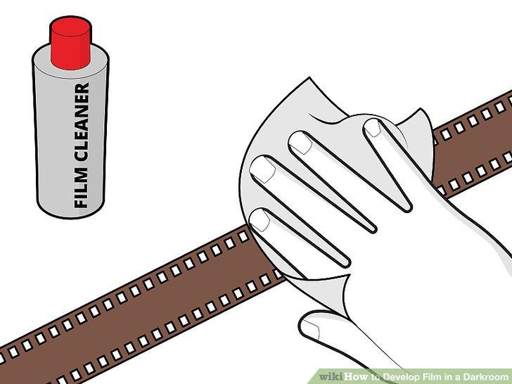 Reinigen Sie den Film mit einem Filmreiniger, um eventuelle Streifen zu entfernen.