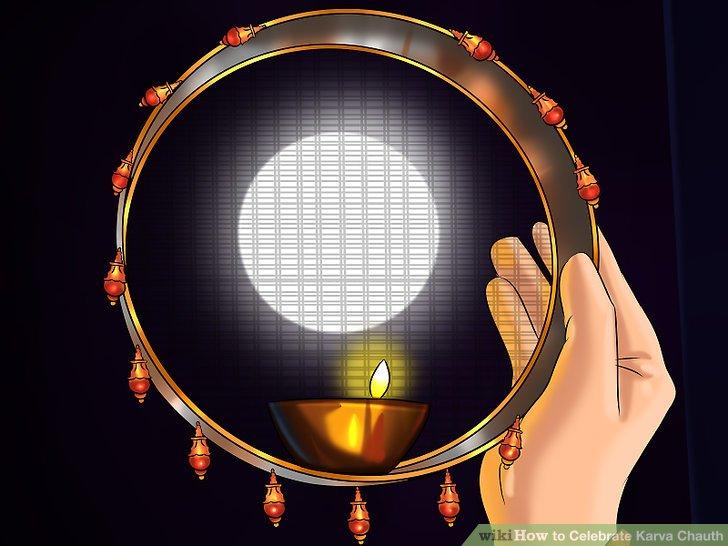 Denken Sie daran, dass Karva Chauth am vierten Tag des abnehmenden Mondes im Oktober auftritt.